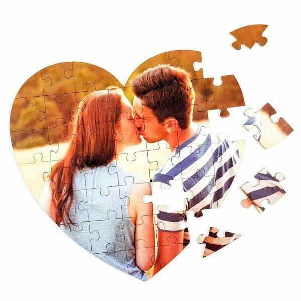 Puzzle v obliki srčka iz lastne fotografije