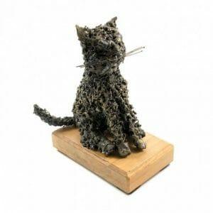 Maček kovinska skulptura