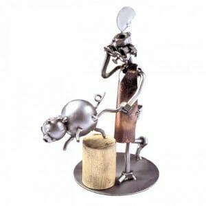 Mesar kovinska skulptura