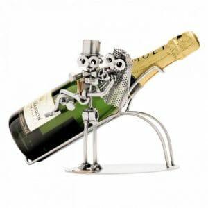Poročni par s šampanjcem skulptura