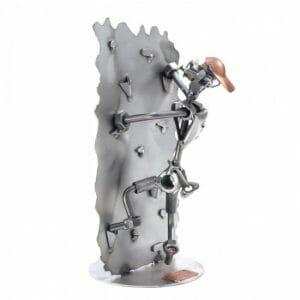 Plezalec kovinska skulptura