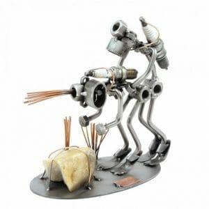 Potapljač kovinska skulptura