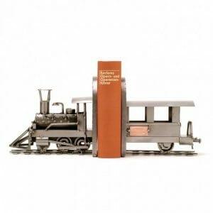 Vlak kovinska skulptura darilo za strojevodje