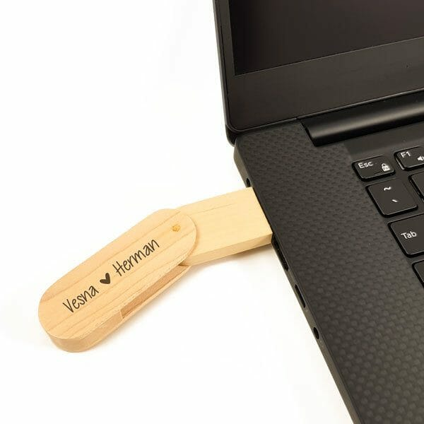 Lesen USB ključek s škatlico, gravura po meri2