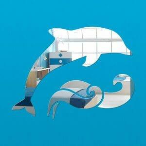 zrcalo v obliki delfina