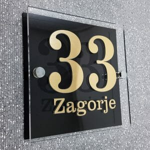 Hišna številka črna zlata v 3 veliksotih